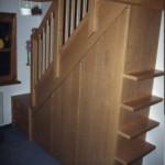 Treppenhausverkleidung mit Stauraum