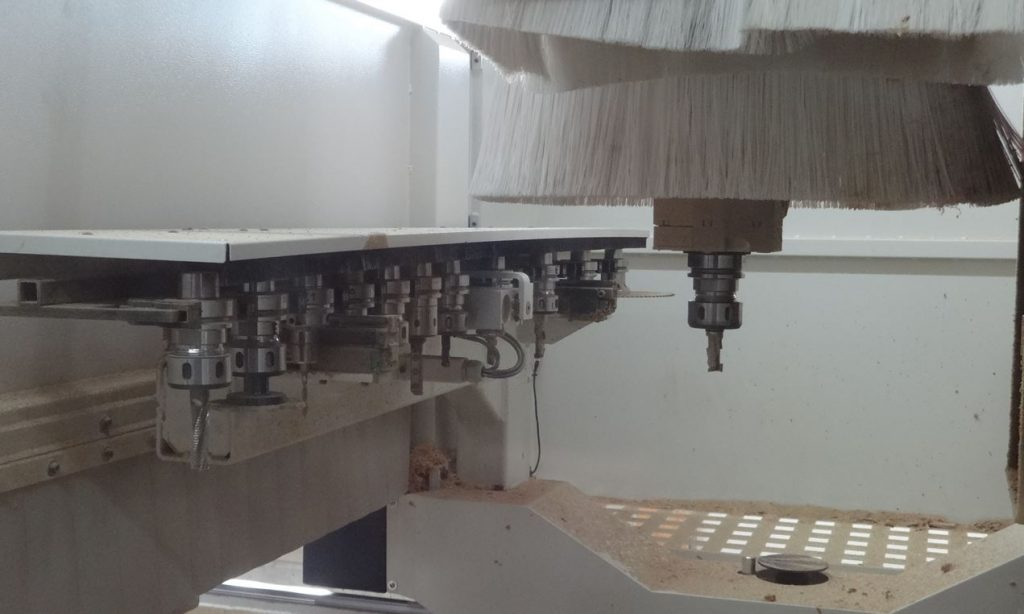 5-Achs CNC Bearbeitungszentrum Schreinerei Reimann München